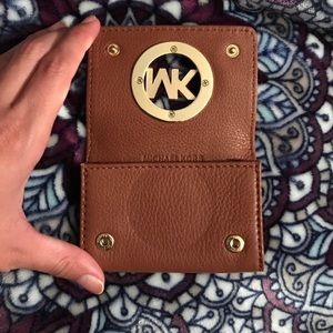 Michael Kors Accessories - NWT Michael Kors card case